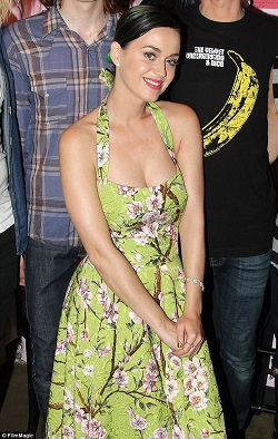 Katy Perry 50s halter floral dress