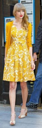 Taylor Swift in yellow vintage floral dress