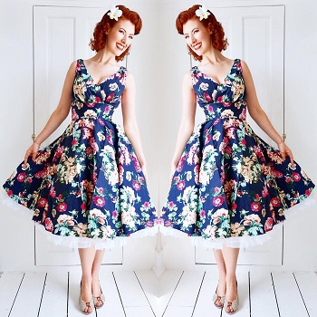 jessica-out-of-the-closet-in-maggie-floral-dress