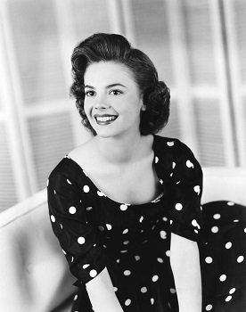 natalie-wood-photo-by-everett-1955